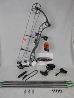 New Bear Archery Wild Single Cam 70# RH Bow Realtree Xtra Ca